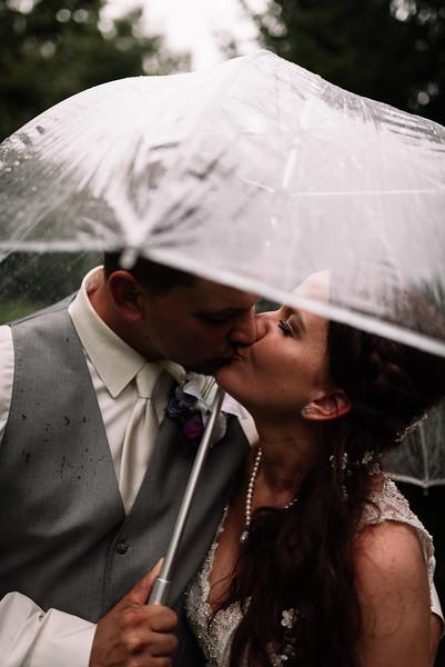 Cleveland, Ohio Wedding Photographer   Melissa & Dan's Farm Wedding