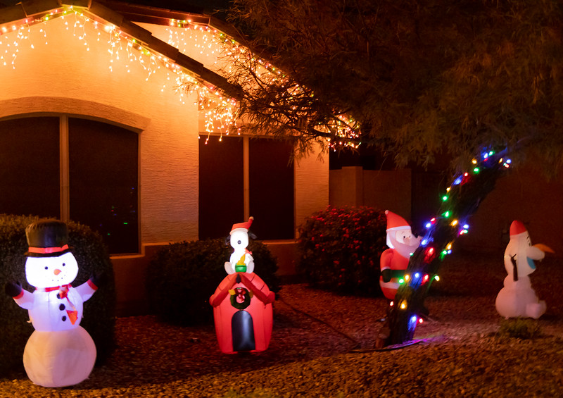 Phoenix Adobe Highlands Neighborhood Lights December 24, 2018  26.jpg