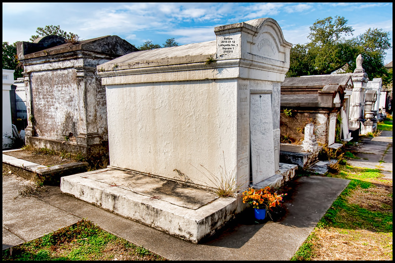 Julius Manouvrier Tomb - As Photographed on January 12, 2015