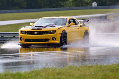 2020 SCCA TNiA Sept2 Pitt Race Int Yellow Camaro Wing