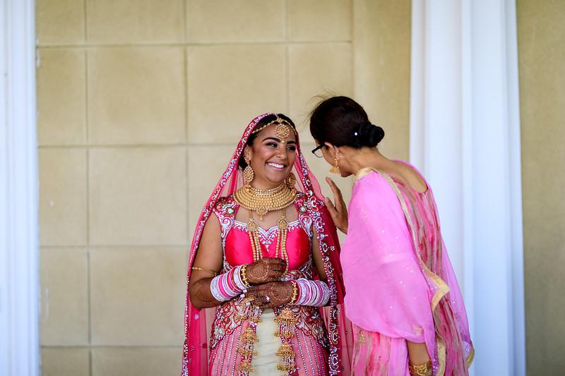 Neelam_and_Matt_Gurdwara_Wedding-1560.jpg