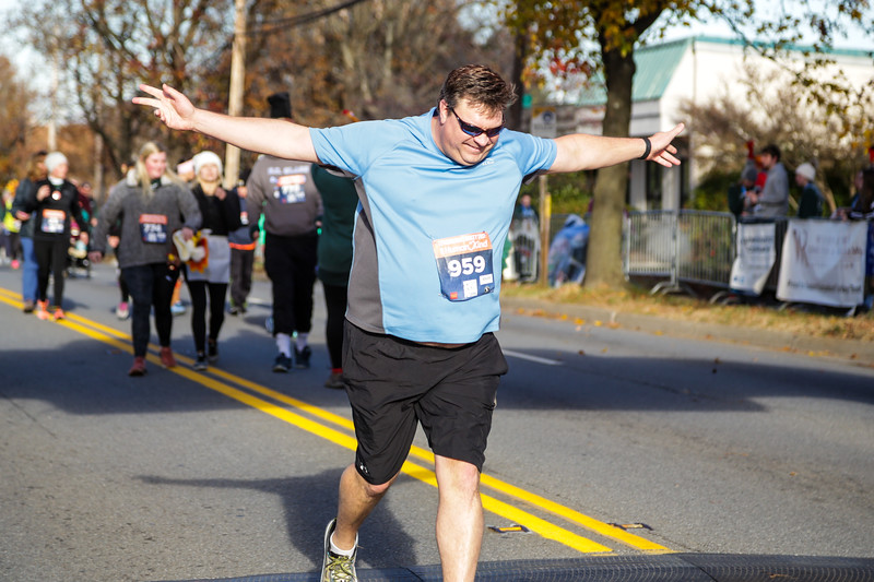 2019 Lynchburg Turkey Trot 450.jpg