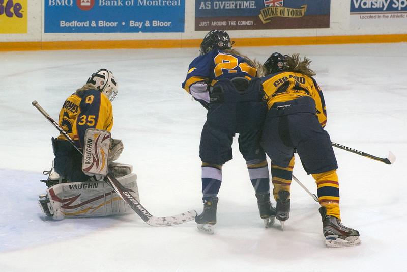 20130310 QWHockeyvsUBC 267.jpg