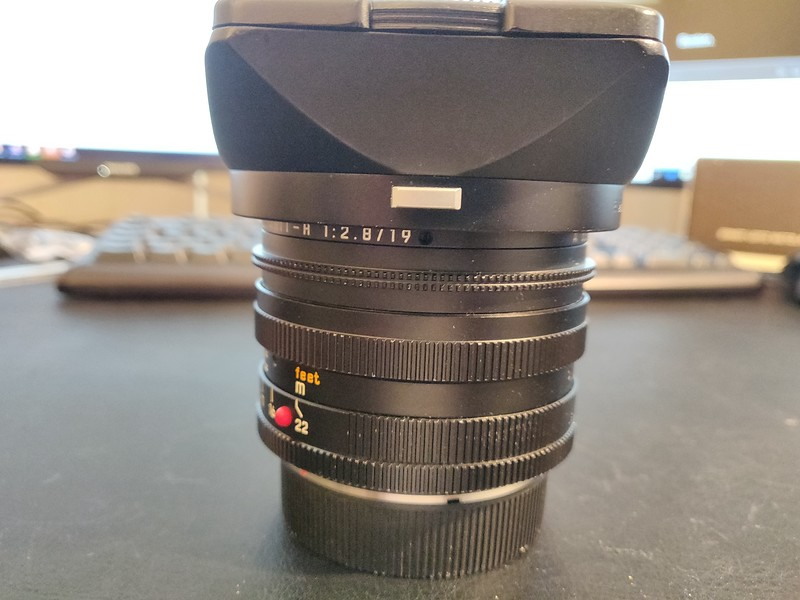 Leica 19mm 2.8 Elmarit-R II - Serial 3503701 002.jpg