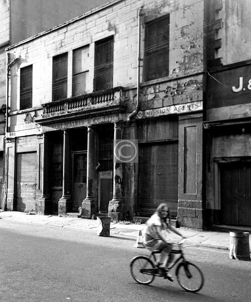 Blackfriars St, north side. If I'm not mistaken, this is the building that is now Babbity Bowster's.  
