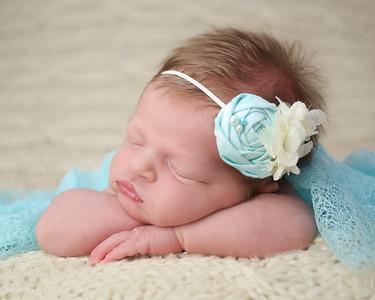 Blank Newborn Peeks