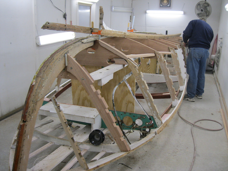 Starboard chine removed ready to be epoxied in place.