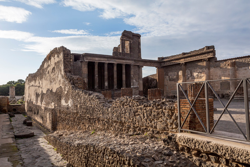 Pompeii 7039.jpg