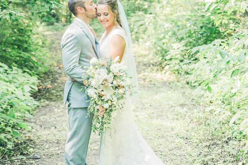 Rockford-il-Kilbuck-Creek-Wedding-PhotographerRockford-il-Kilbuck-Creek-Wedding-Photographer_G1A6073.jpg