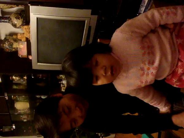 Linh Singing December 2007 003.MPG