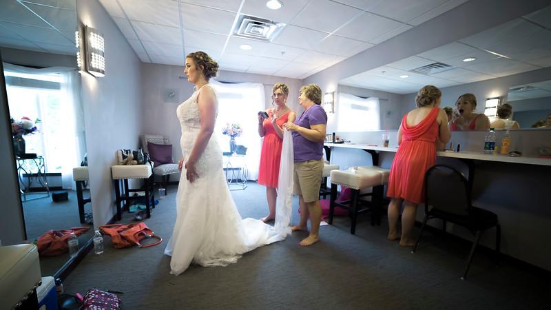 Laura & AJ Wedding (0153).jpg
