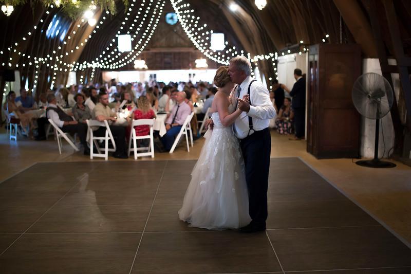 Garrett & Lisa Wedding (595).jpg