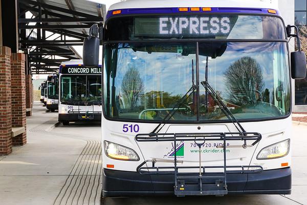 2020.3.27 - Buses at Rider Transit Center