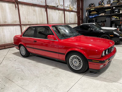 1991 BMW 325iS Red