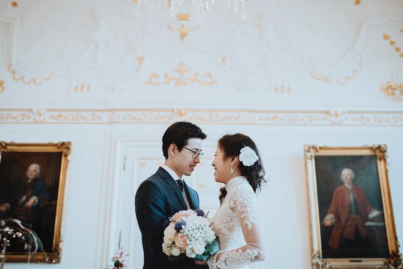 Hochzeitsfotograf-Hochzeit-Destination-Wedding-Photographer-Luxemburg-Elopement-Ngan-Hao-11.jpg