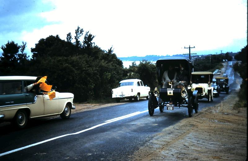 1960-11-12 (21) Veteran cars @ Mount Martha.JPG