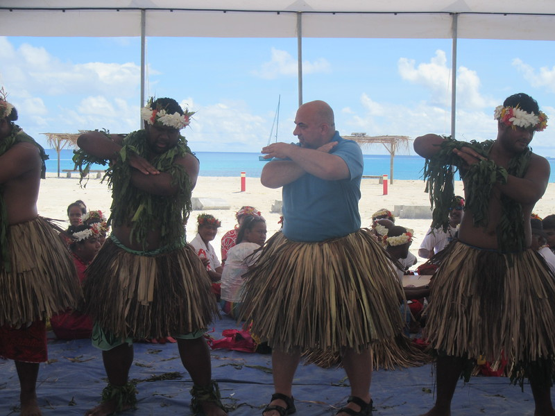 027_Funafuti. Community Hall (Falekaupule). Traditional dance. JDP.JPG