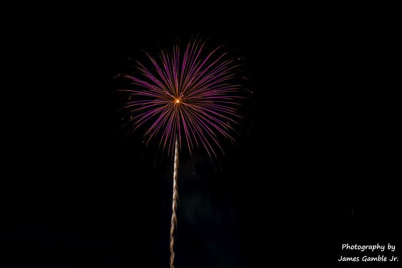 Fourth-of-July-Fireworks-2016-0342.jpg