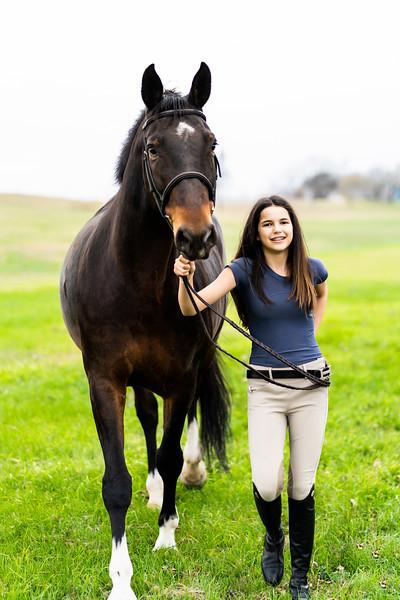 Addison-Poses-Horse-Portraits-009.jpg