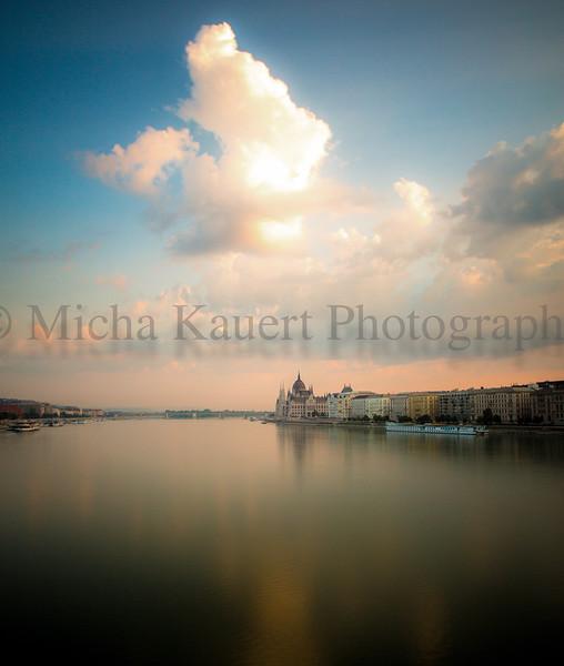 Budapest sunrise.jpg
