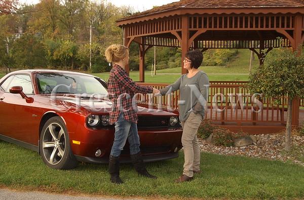 10-25-16 NEWS Maumee Valley Car Club Donation