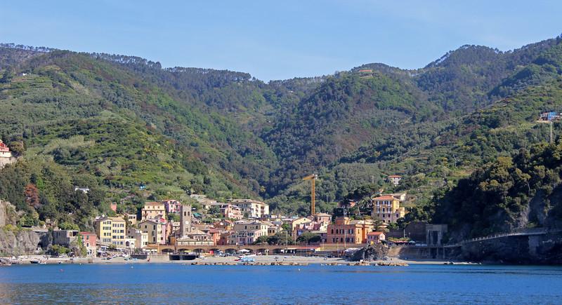 Italy-Cinque-Terre-Monterosso-Al-Mare-02.JPG