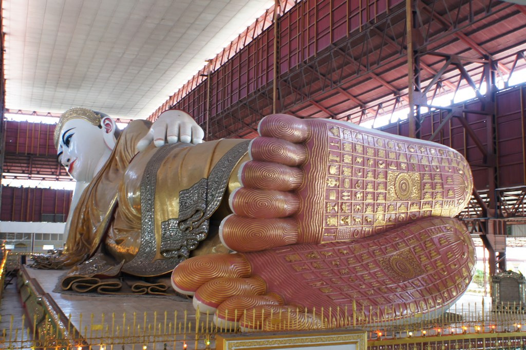 Reclining Buddha in the Chaukhtatgyi Temple in Rangoon