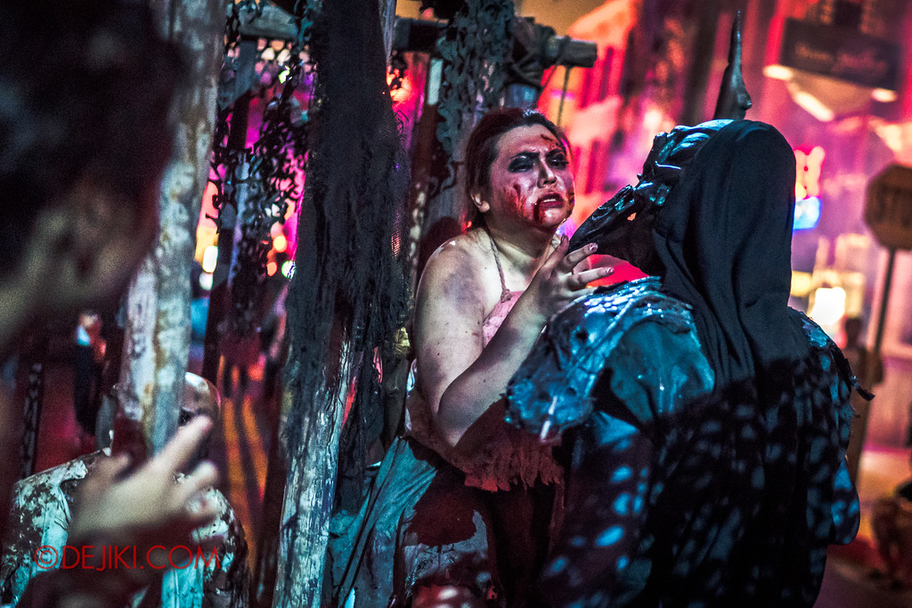 Halloween Horror Nights 7 - Pilgrimage of Sin / Cruelty Belle and Crow
