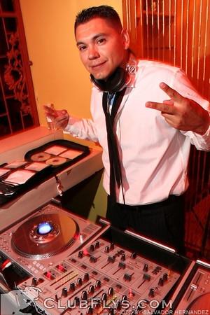 2007-08-04 [Juls' Hollywood, Club M, Fresno, CA]