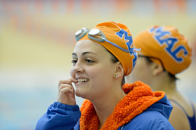 2015 11 14 Macalester Women at Roger Ahlman