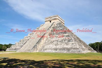 Chichen Itza  Mayan Pyramids