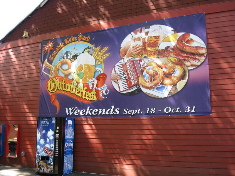 Yet another Oktoberfest banner.