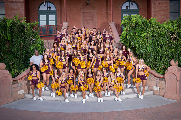 Spirit Squad Group Photos - Old Main