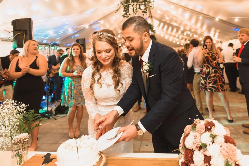 Emily + Rob Wedding 0777.jpg