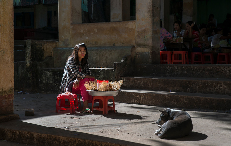 A street vendor on the steps leading up to Mount Popa.  Myanmar, 2017.