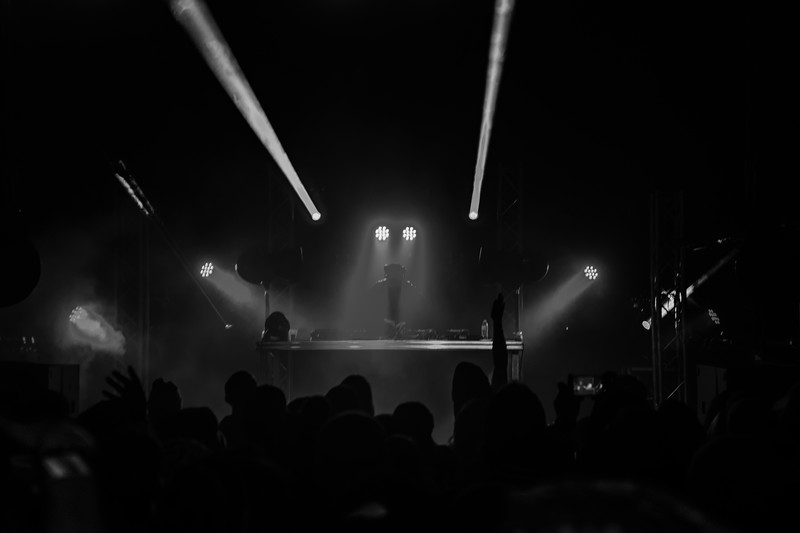 1-26-20 Ten Mile Music Hall Trunkz black and white-36.jpg