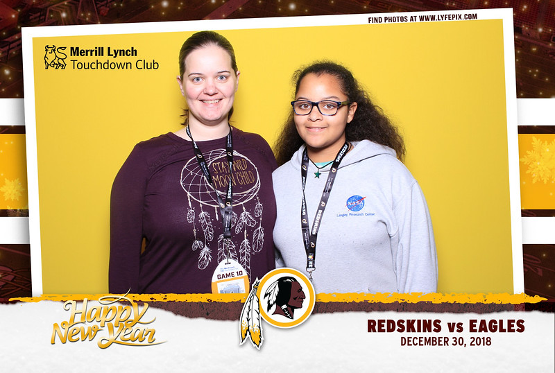 washington-redskins-philadelphia-eagles-touchdown-fedex-photo-booth-20181230-171946.jpg
