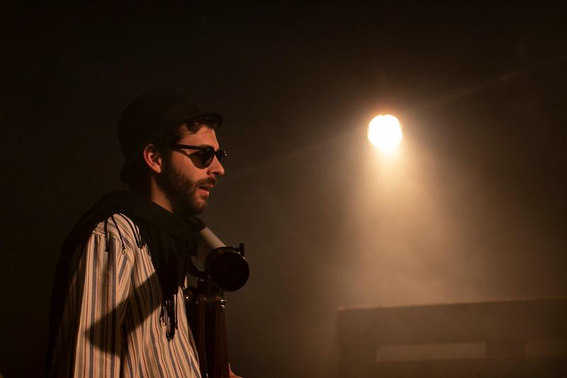 Allan Bravos - Fotografia de Teatro - Indac - Fronteiras-106.jpg