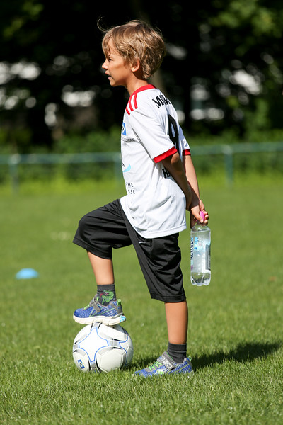 hsv_fussballschule-015_48047988753_o.jpg
