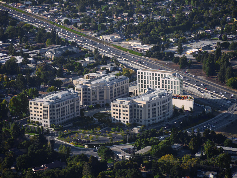 The Four Seasons hotel & business complex on 101 and Embarcadero in Palo Alto, CA