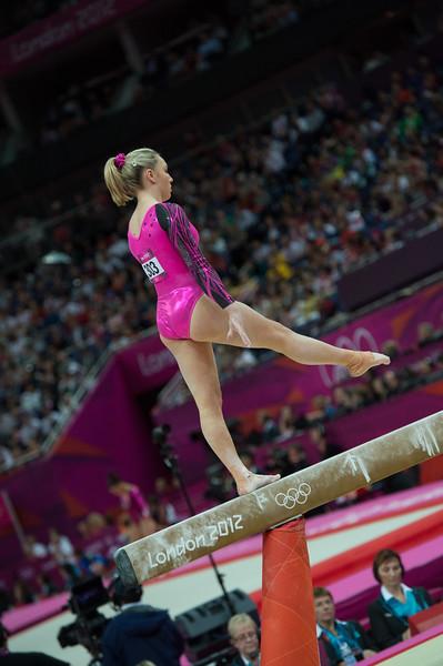 __02.08.2012_London Olympics_Photographer: Christian Valtanen_London_Olympics__02.08.2012__ND43975_final, gymnastics, women_Photo-ChristianValtanen