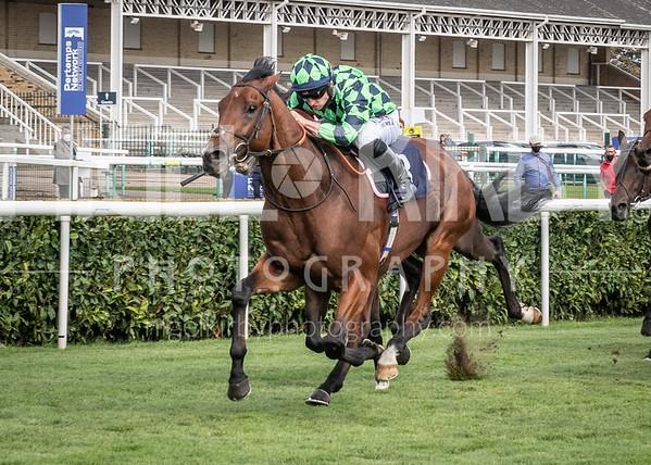 Race 1 - Matthew Flinders
