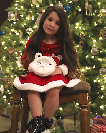 12-13-19 Milania's Christmas Pics