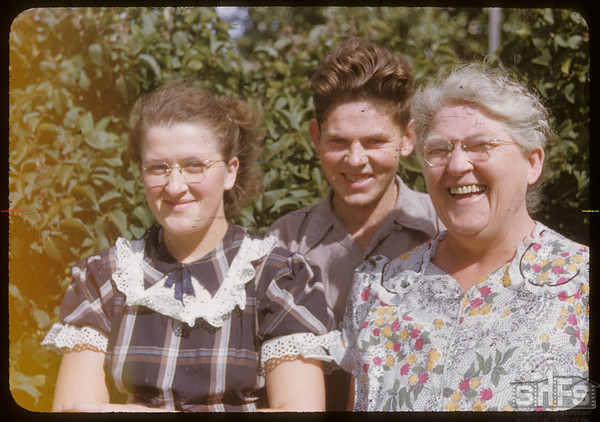 Mrs. Roger Teacher and children.  Scotsguard.  09/11/1951