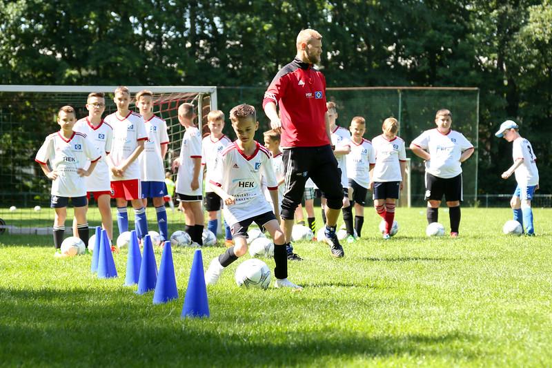 hsv_fussballschule-228_48047993013_o.jpg