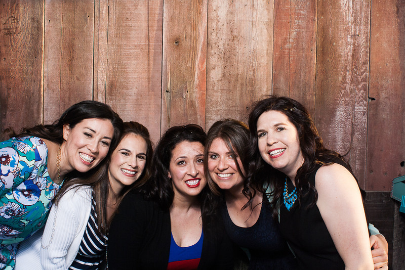 KatieTylerWeddingPhotobooth-0017.jpg