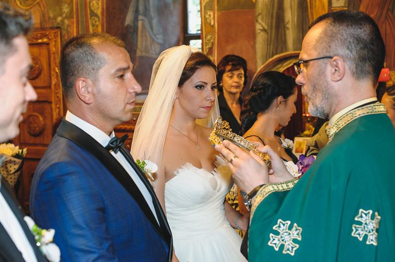 Andreea-biserica-18-October-2014-Nunta--LD2_7636Liviu-Dumitru.jpg