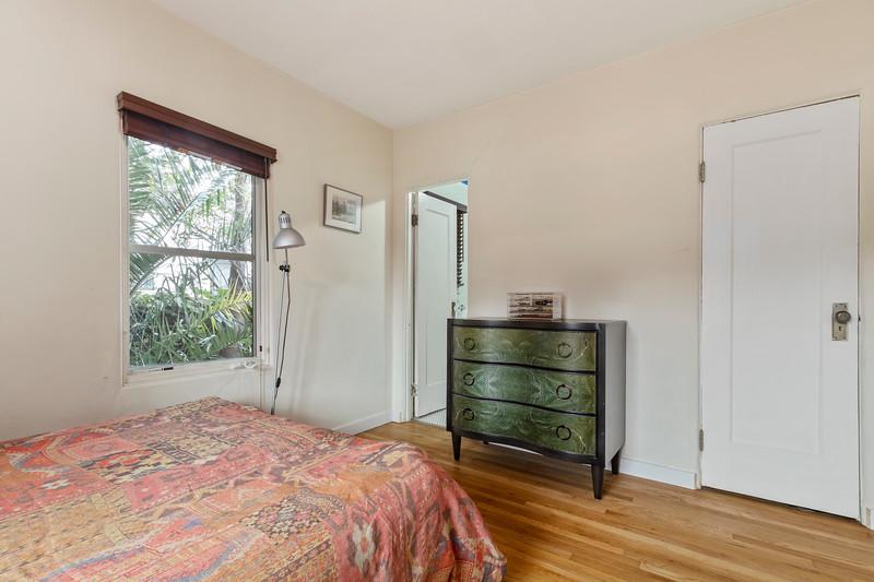 730 Park 12 Bedroom.jpg
