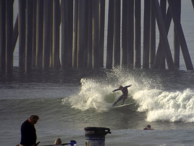 1/24/20 * DAILY SURFING PHOTOS * H.B. PIER