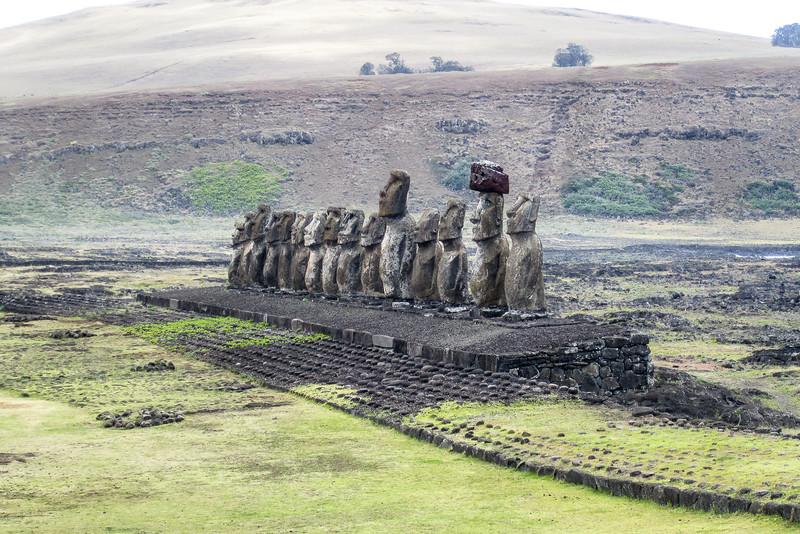 easter-island-statues-moai-ahu-tongariki.jpg